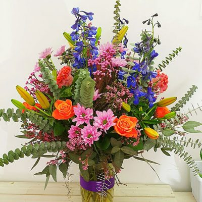 fine-flowers-over-the-rainbox-in-vase