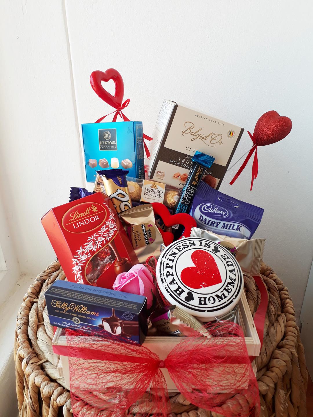 chocolate-lover-hamper