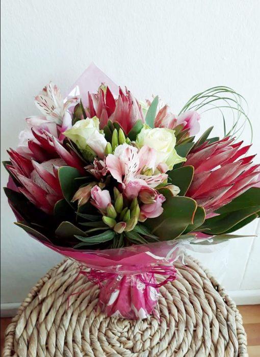 fine-flowers-protea-love